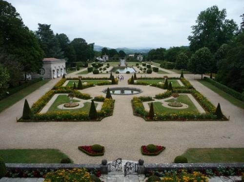 jardin-a-la-francaise.jpg